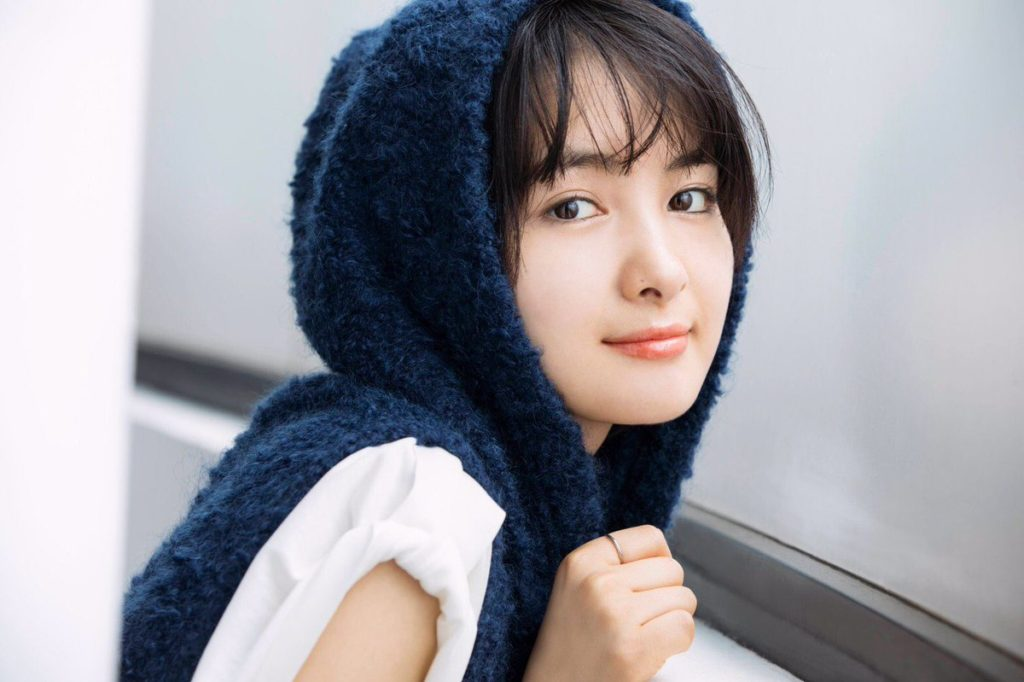 葵わかなさんは 高須院長曰く「顔は普通だけど意外性を武器にできる」